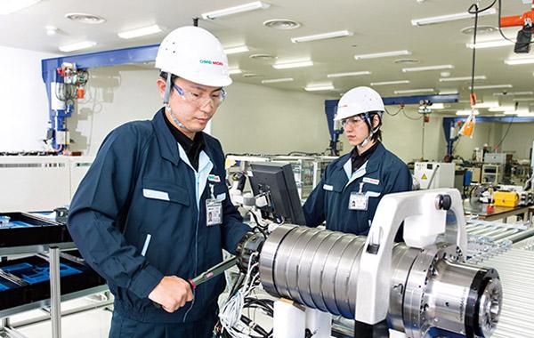 Đi lao động theo diện kỹ sư ngành cơ khí tại Nhật Bản lương cao bất ngờ